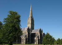 Salisbury Cathedral - photo taken by Toby Oxborrow aka Mr Wabu on 6th August 2004